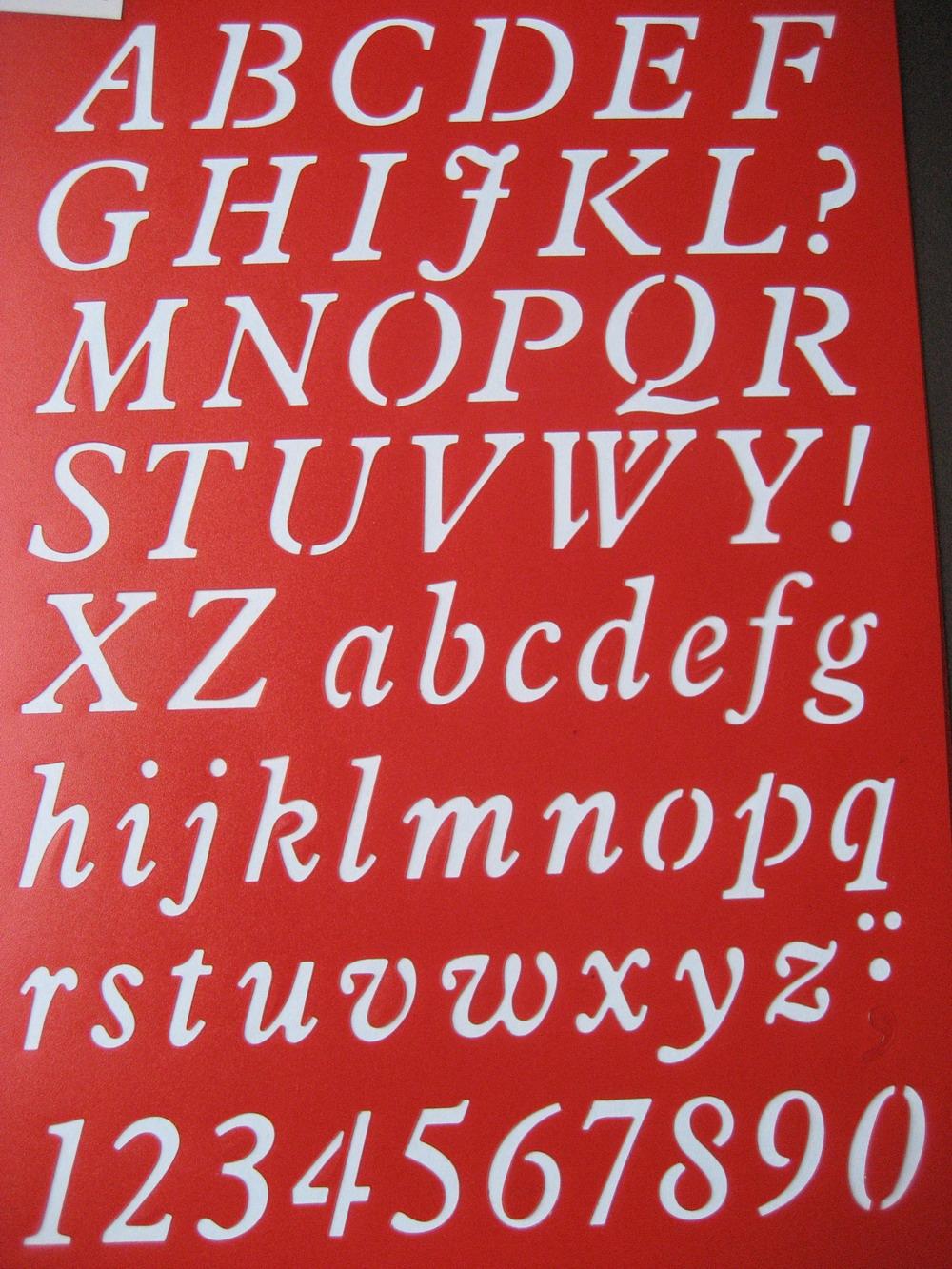 Buchstaben gro� , klein und Zahlen Kursiv